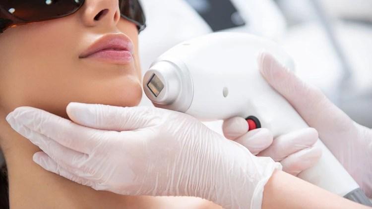 Los tratamientos no invasivos crecieron más de un 500% en los últimos diez años (Shutterstock)