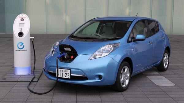Este modelo ecológico de Nissan es el más más popular y exitoso de la industria entre los de su característica