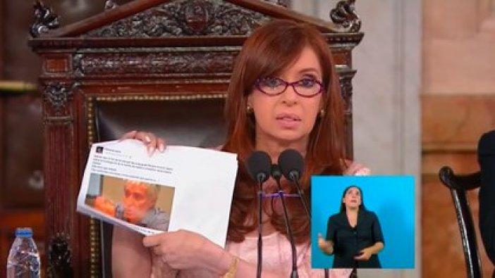 Cristina Fernández de Kirchner muestra el 1 de marzo de 2015 el rostro del fiscal de Cámara Ricardo Saenz por defender públicamente a la fiscal Viviana Fein, la investigadora del Caso Nisman.