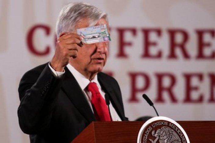 López Obrador anunció que se realizaría una rifa simbólica del avión presidencia (Foto: Cuartoscuro)