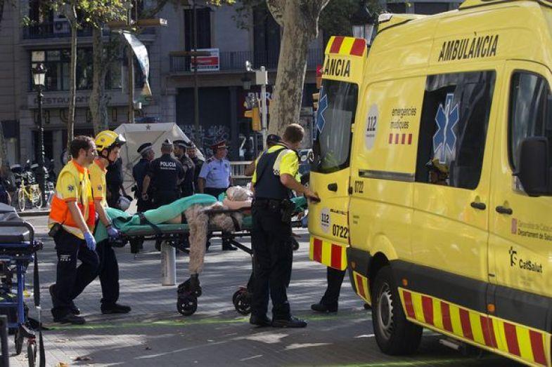 Resultado de imagen para imagenes del atentado terrorista en barcelona
