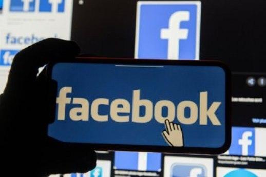 Facebook estableció colaboraciones con otras redes sociales, como Twitter o YouTube, y autoridades como el FBI, para identificar amenazas a las elecciones de noviembre de 2020 en EEUU (REUTERS/Johanna Geron)