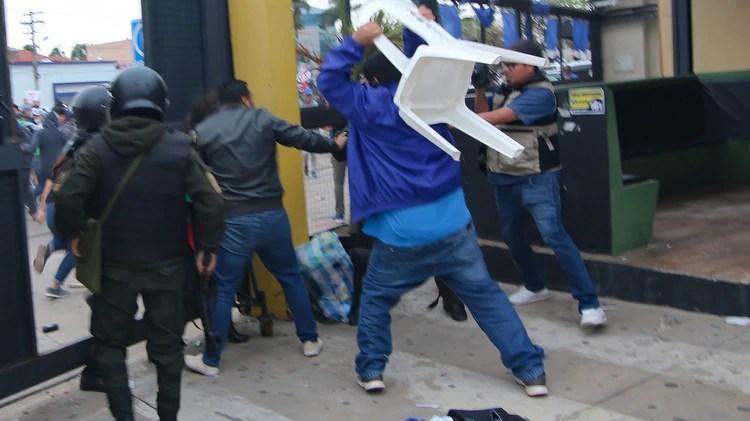Muchos observados temen nuevos brotes de violencia en las últimas semanas de campaña