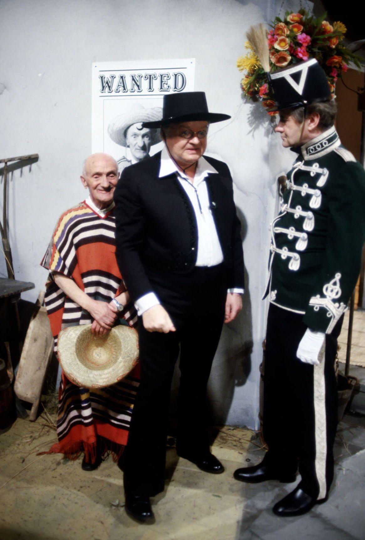 """Cubrir las espaldas de la gran estrella del ciclo: ese fue el rol de Jackie en """"El Show de Benny Hill"""" (Thames TV Archive)"""