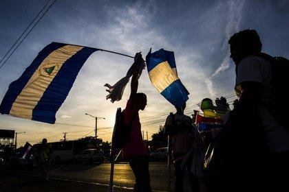 Imagen de archivo de periodistas que participan en un plantón con motivo del día mundial de la libertad de prensa en Managua (Nicaragua). EFE/Jorge Torres/Archivo
