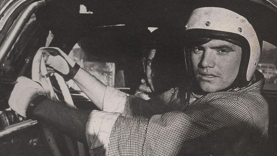 Di Palma a fines de los '60, en el TC. Archivo Revista Corsa