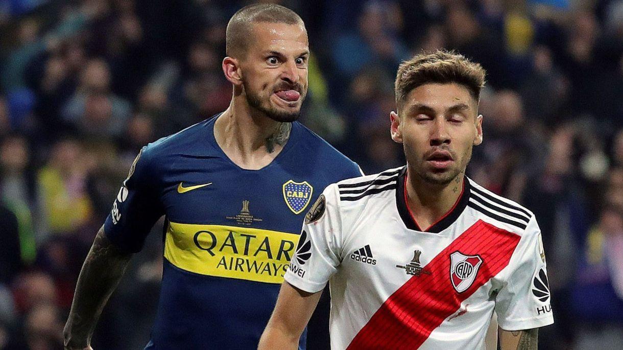 La imagen de la que se mofan los hinchas de River con Darío Benedetto luego de ganar la final de Madrid (EFE/JuanJo Martin)