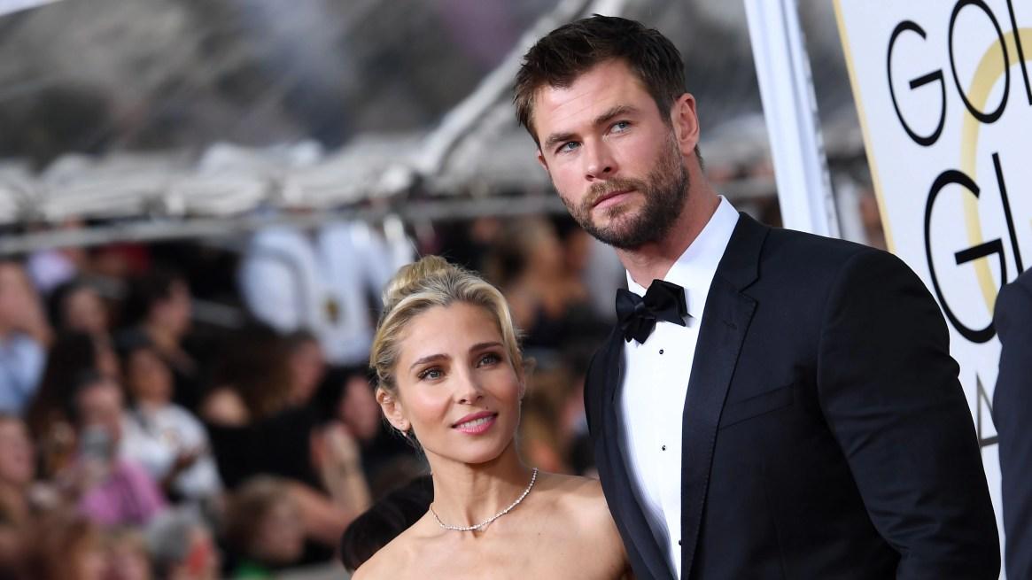 Elsa Pataky y Chris Hemsworth en los Globos de Oro 2017