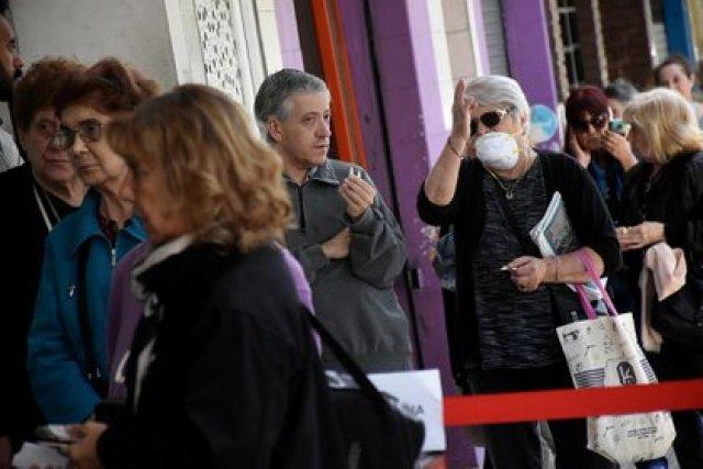 Los jubilados recibirán en marzo un aumento de 8,07% (Nicolás Stulberg)