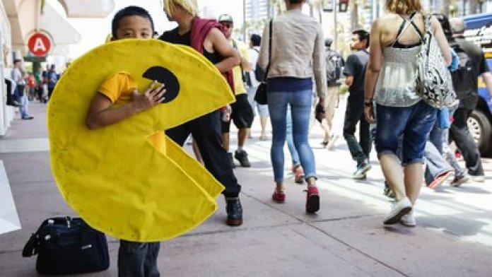 Un niño con un disfraz de Pac-Man en la Comic-Con en San Diego, California, el 9 de julio de 2015 (Patrick T. Fallon/Bloomberg)