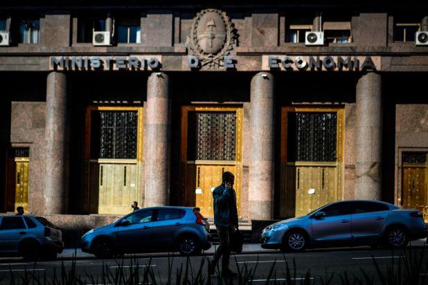 El Gobierno apuesta a la obra pública como motor de la economía durante la post pandemia. (Foto: EFE/Juan Ignacio Roncoroni)