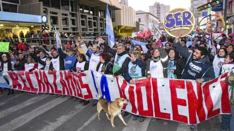 Chubut atraviesa un importante conflicto con los empleados estatales