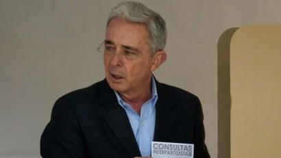 El ex presidente Álvaro Uribe, quien prestó su apoyo a Iván Duque (Reuters)
