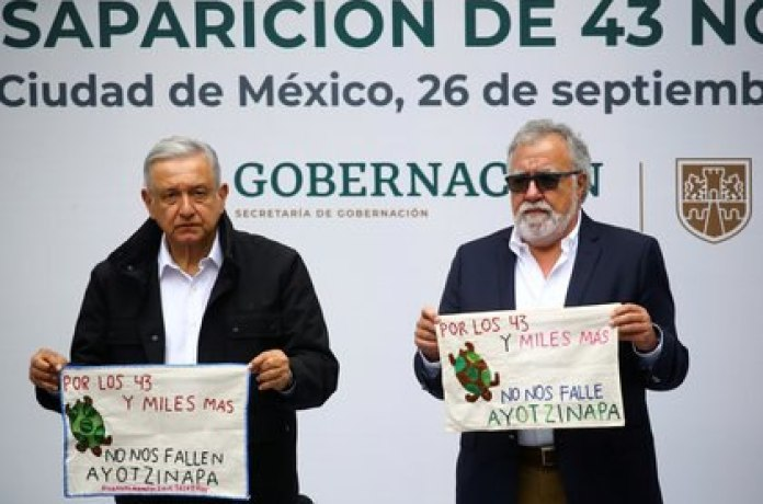 On the sixth anniversary of the disappearance of the 43 normalistas from Ayotzinapa, President Andrés Manuel López Obrador assured that there would be justice and revealed that there were already arrest warrants for some soldiers who allegedly participated in the events (File photo: REUTERS / Edgard Garrido)