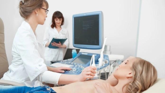 La primera mujer que participó del ensayo fue una paciente que padecía carcinoma ductal in situ no invasivo (Shutterstock)