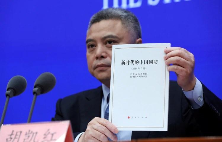 """La presentación del """"libro blanco"""" del Ejército chino (Reuters)"""