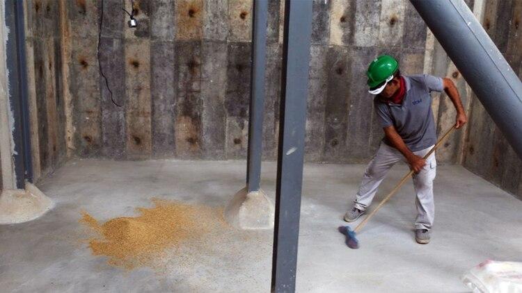 El acuerdo de 2010, con la estatal CAMC Engineering Ltd de China, desarrollaría arrozales dos veces más grandes que la superficie de Manhattan (Reuters)