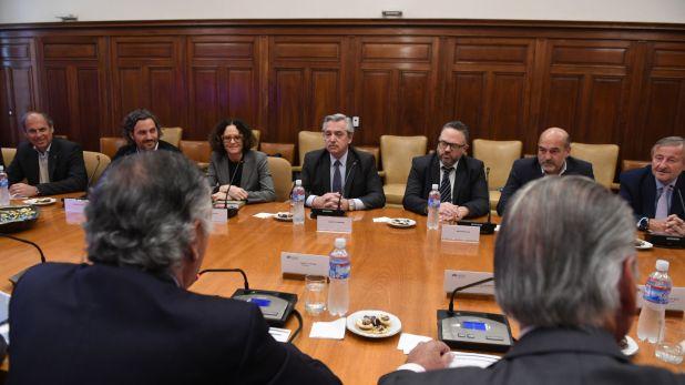 El presidente electo, con la cúpula de la UIA, que lo apoya pero le pide avances en las reformas estructurales