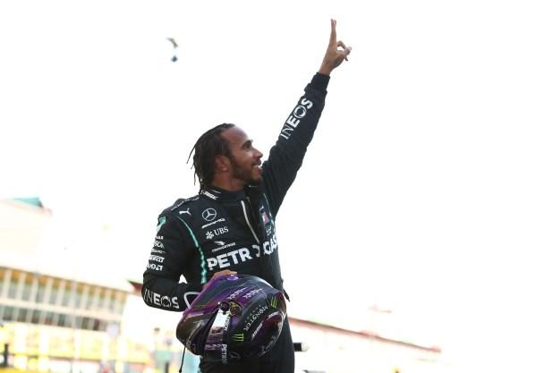 Fórmula 1: en una jornada con múltiples accidentes, Lewis Hamilton consiguió un nuevo triunfo en el GP de la Toscana  REUTERS/Bryn Lennon