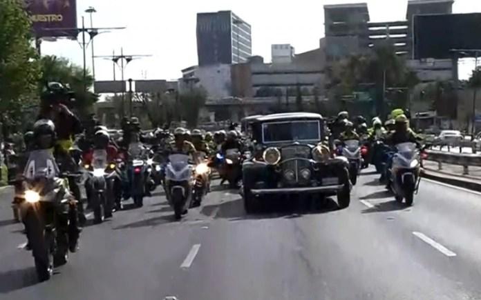 La carroza está por llegar al Palacio (Captura Foro TV)