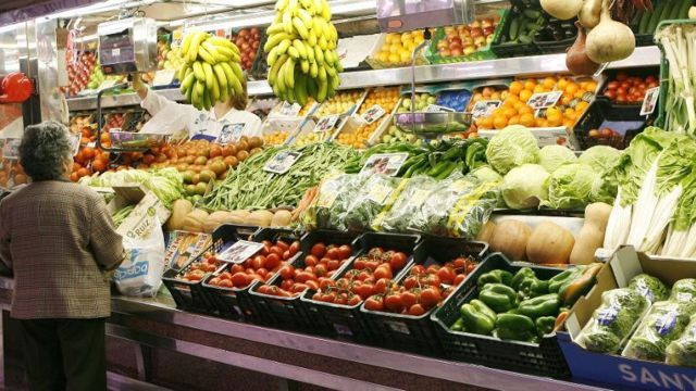 Un relevamiento privado reflejó la incidencia de los impuestos en el precio final de los alimentos y también en las bebidas.