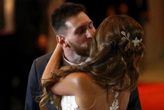 Messi y Antonela Roccuzzo el 30 de junio de 2017 cuando contrajeron matrimonio en su ciudad natal