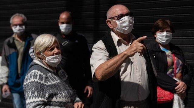 La excesiva concentración de gente del viernes pasado para cobrar sus jubilaciones detonó los cambios en el sistema de atención