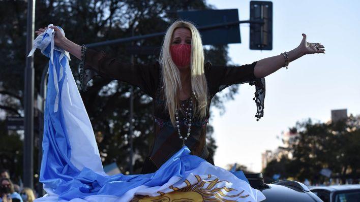 Marcha 17A mujer audi en Obelisco