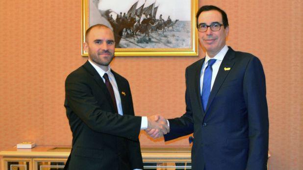 Martín Guzmán y Steven Mnuchin, secretario del Tesoro, en el G20 de Finanzas en Ryad (Arabia Saudita)