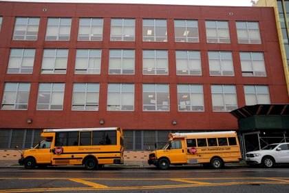 Vuelven a cerrar las escuelas en Nueva York ante el aumento de casos de coronavirus (REUTERS/Brendan McDermid)