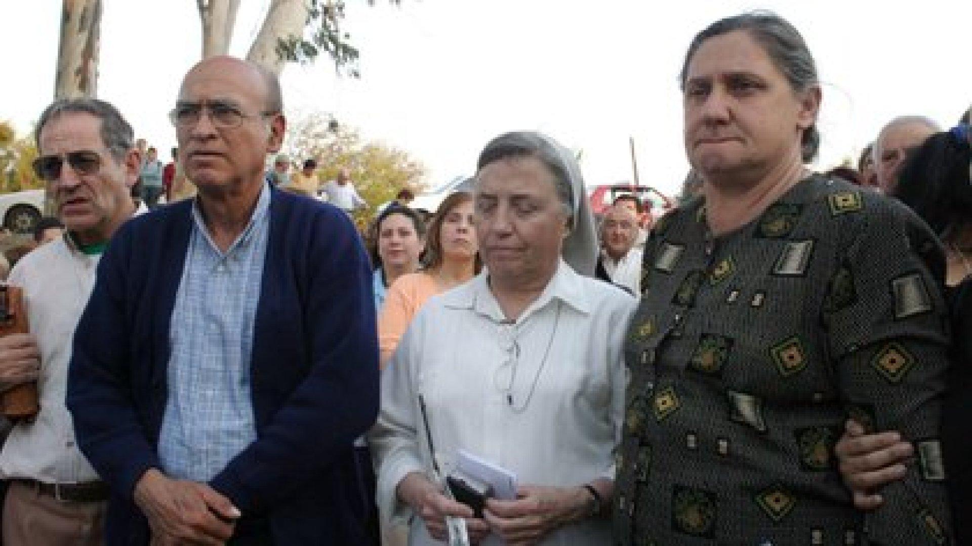 La hermana Pelloni y los padres de Maria Soledad Morales, participan de una marcha a 15 años de su asesinato. Foto NA