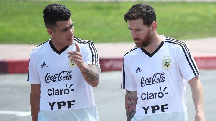 Cristian Pavón y Lionel Messi, juntos en la selección argentina (Reuters)