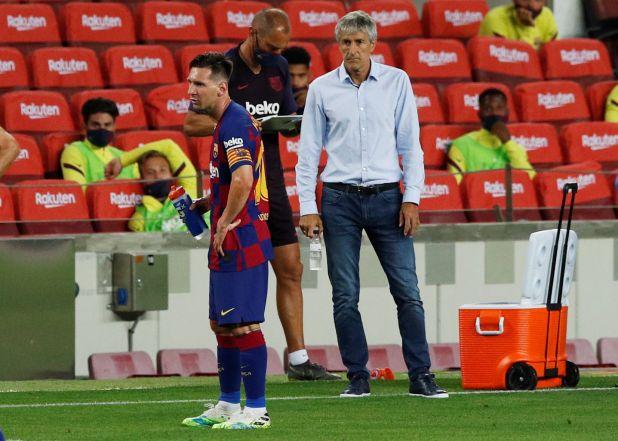 La relación entre Lionel Messi y Quique Setién parece haberse desgastado (Reuters)