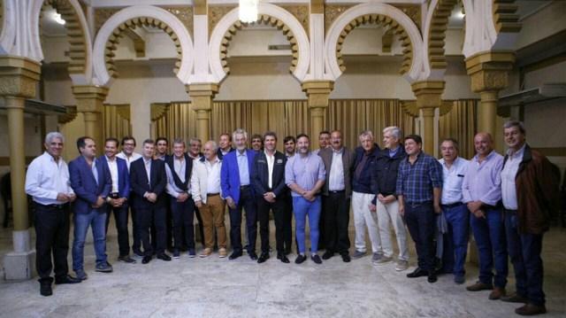 Sergio Uñac junto a dirigentes del kirchnerismo en un encuentro en San Juan