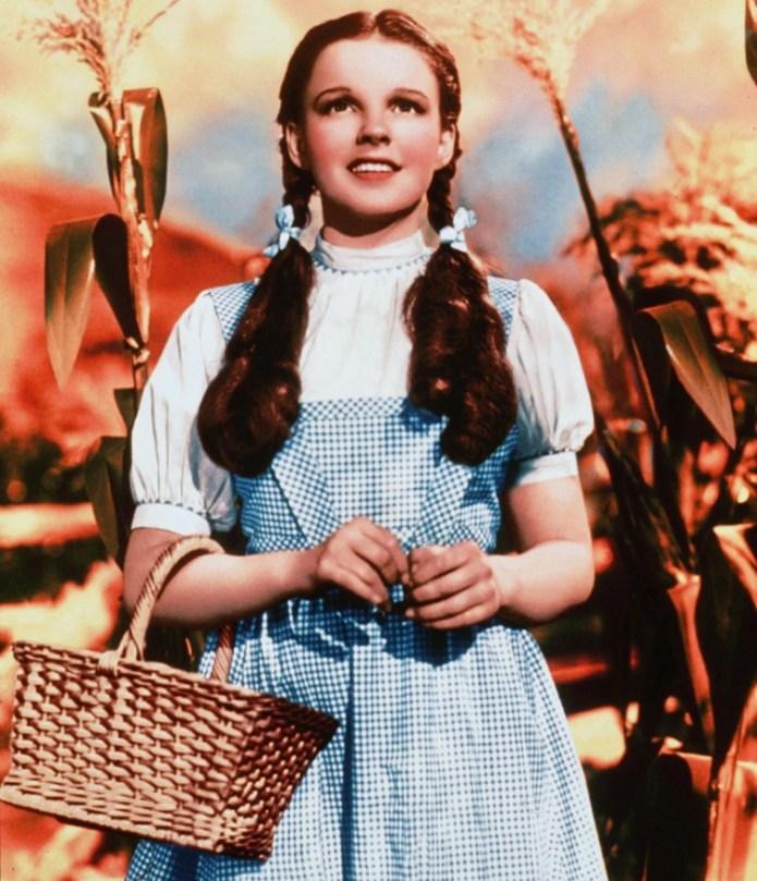 Judy Garland tenía 15 años cuando hizo el papel de Dorothy