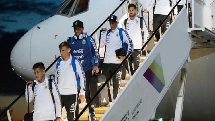Messi no escuchó música durante los traslados de la selección argentina en Rusia (AP)