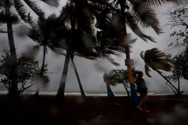 El huracán Laura se encuentra en la categoría 1 (Foto: EFE/Thais Llorca)