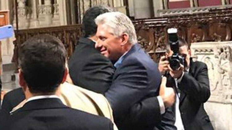 El saludo entre los mandatarios de Venezuela y Cuba en Nueva York