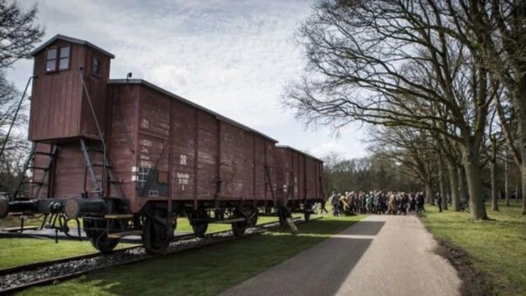 Vagón de uno de los trenes que transportaba judíos detenidos