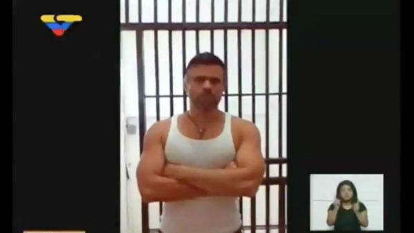 Leopoldo López, en la última imagen desde la cárcel difundida por el régimen chavista