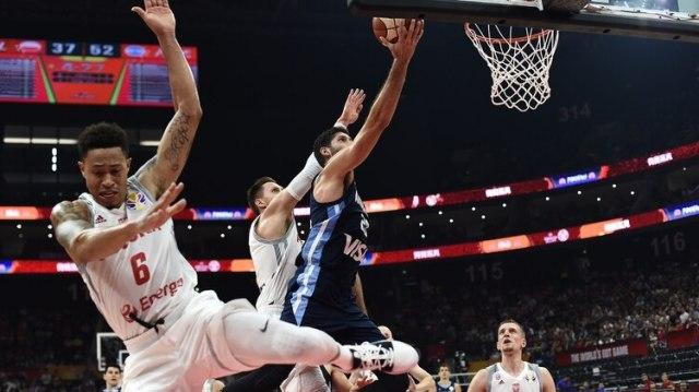 Argentinaviene de vencer a Polonia 91 a 65 (AFP)