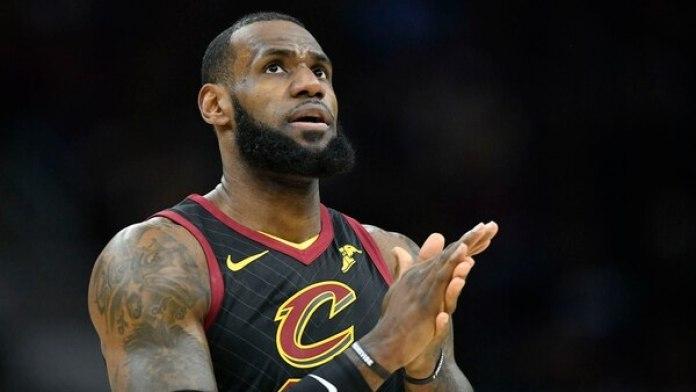 El futuro de LeBron James tiene en vilo a toda la NBA (Reuters)
