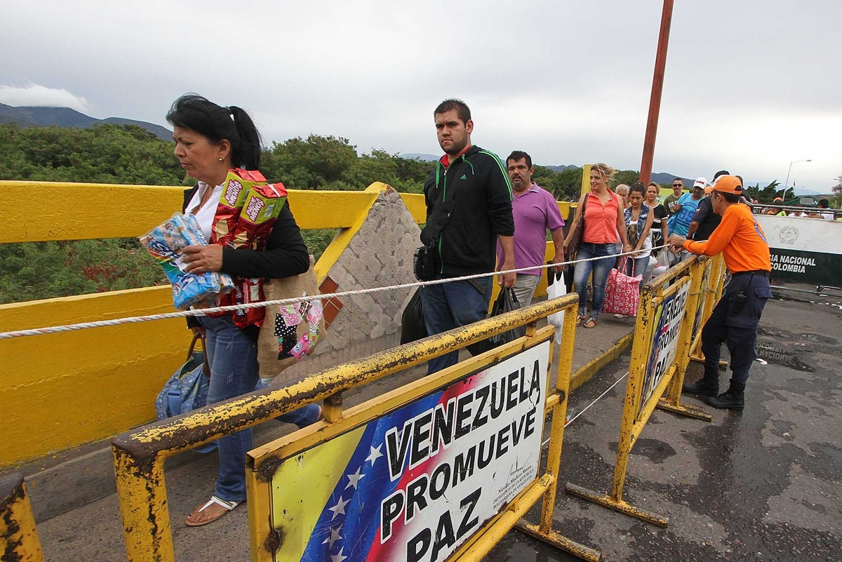 Crisis sin fin en Venezuela: cuatro de cada 10 personas planean abandonar el país antes de fin de año