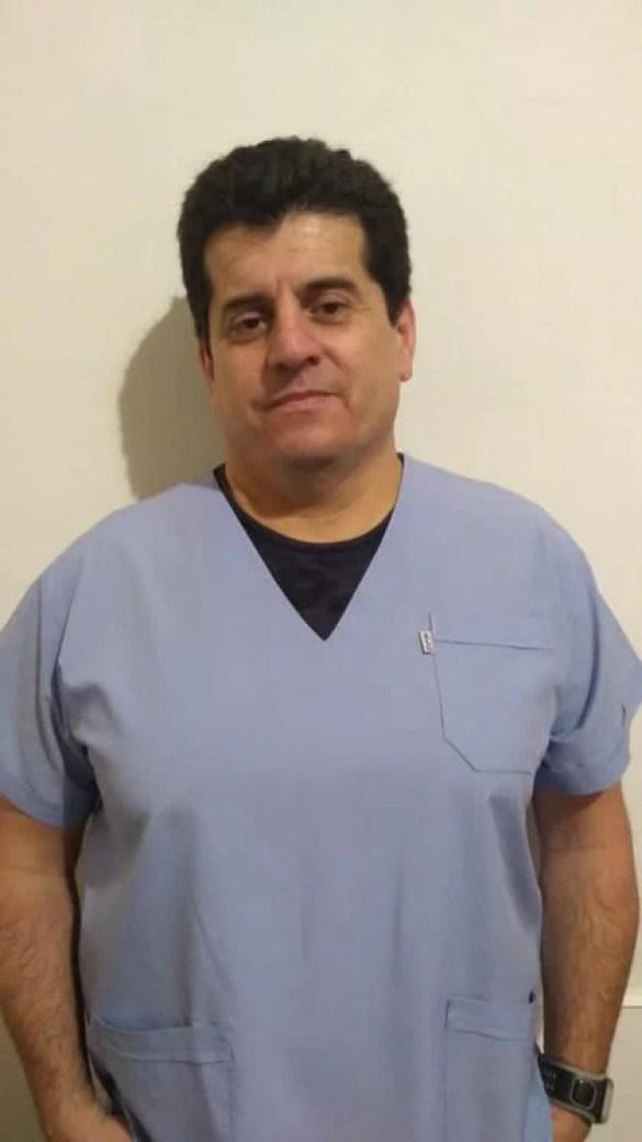 El médico Gustavo Villar
