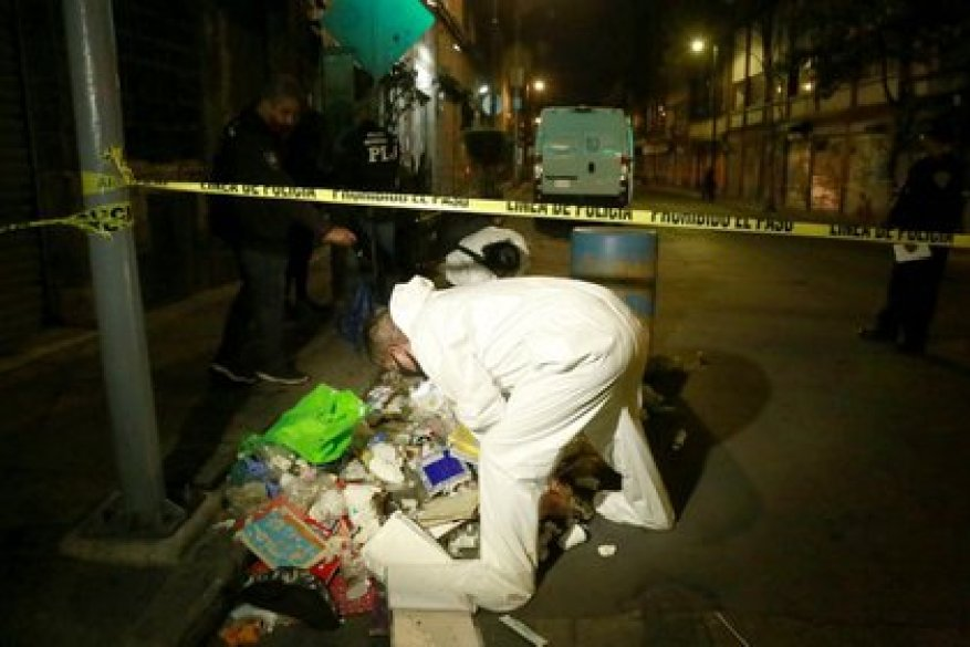 At the beginning of November, a man was arrested when he was transporting the corpse of two children in the Historic Center.  (Photo: Luis Carbayo / Cuartoscuro)