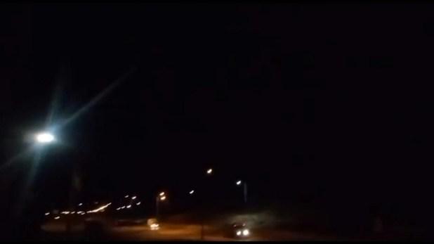 Cohetes iraníes cayendo sobre una base aérea americana desplegada en Irak