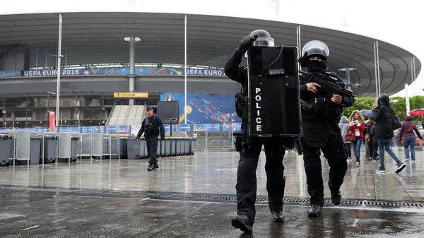 La Eurocopa 2016 contó con uno de los operativos de seguridad más grandes de la historia del certamen (AFP)