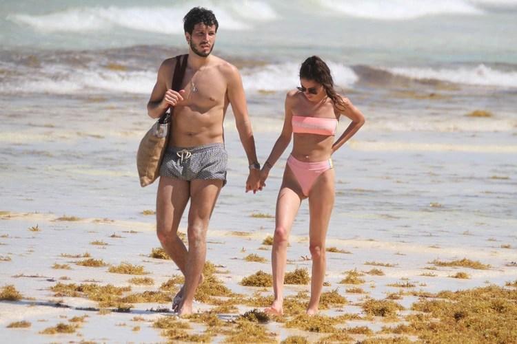 Las fotos de las vacaciones de Sebastián Yatra y Tini Stoeesel (Foto: Grosby Group)
