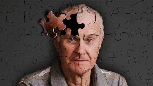 Pese a que la genética favorece la aparición de la enfermedad, la edad es el principal factor de riesgo