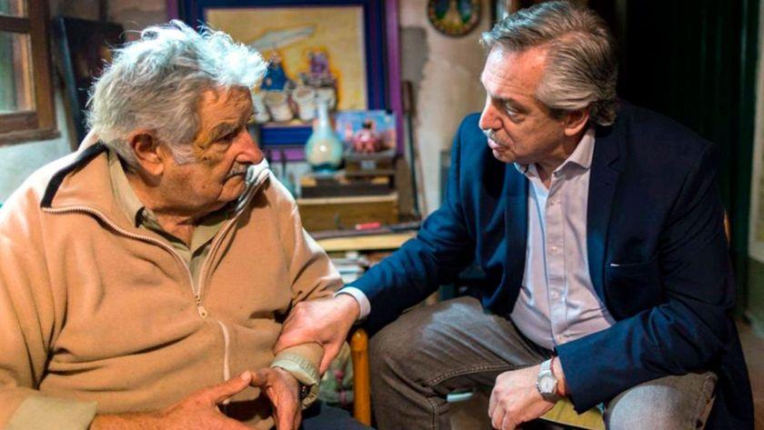 """José """"Pepe"""" Mujica y Alberto Fernández"""
